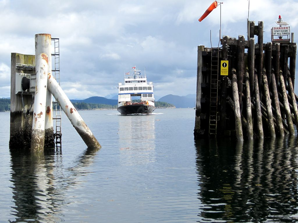 BC Ferry Arriving Heriot Bay by David Stanley via Flickr (CC BY SA, 2.0 License)