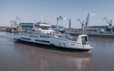 First of two Hybrid/e-ferries arrives in BC
